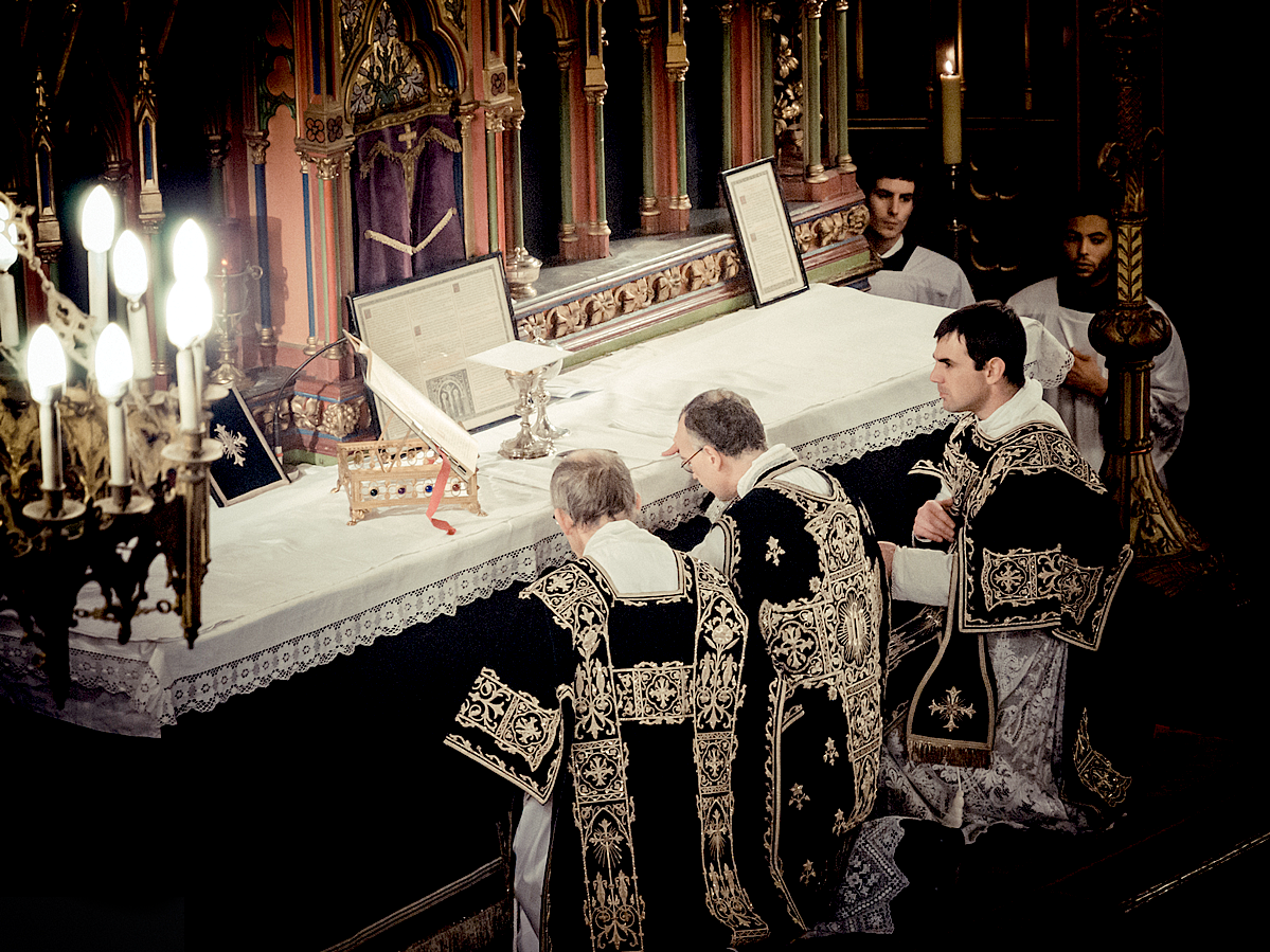 http://www.ccwatershed.org/media/photologue/photos/231_Requiem_Vestments.png